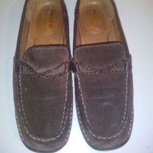 Timberland loafers. 8M